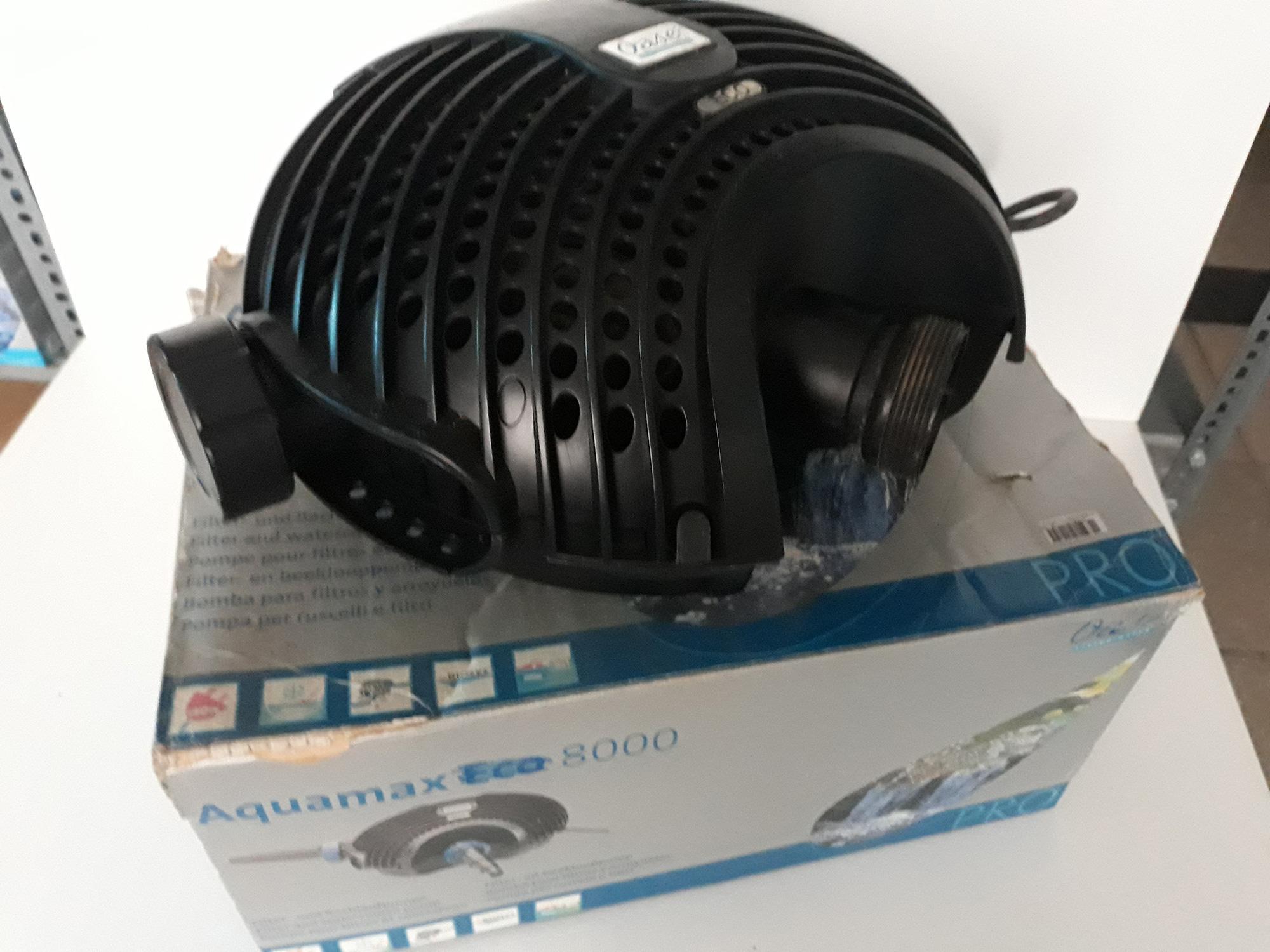 Használt Oase Aquamax Eco 8000